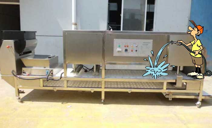 A New Style WASHABLE Cereal Bar Forming Machine is Working